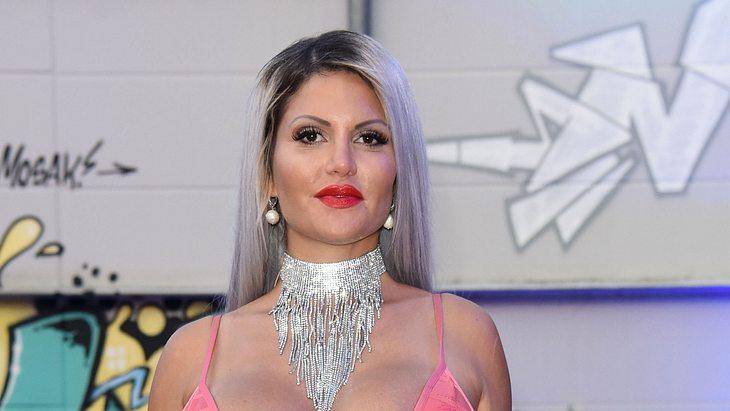Sophia Vegas lacht ihren Hatern ins Gesicht