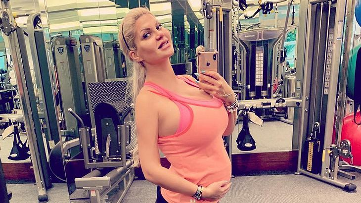 Schwangere Sophia Vegas: Sie startet ihr Fitnessprogramm