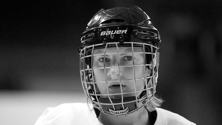 Ex-Eishockey-Spielerin Sophie Kratzer ist tot!