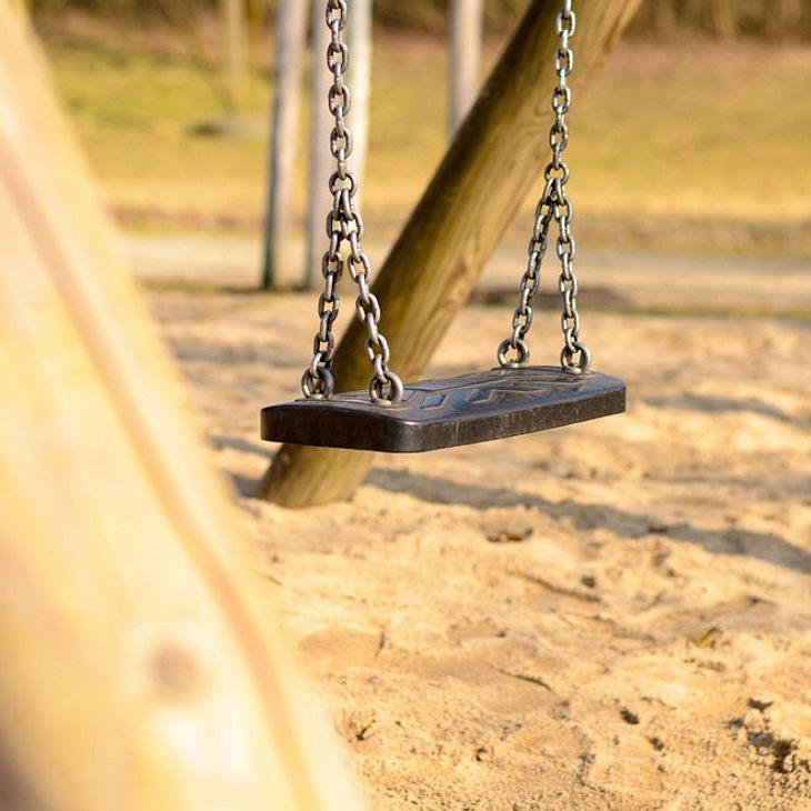 Münster: Kinder-Hasser versteckt Rasierklingen auf Spielplätzen