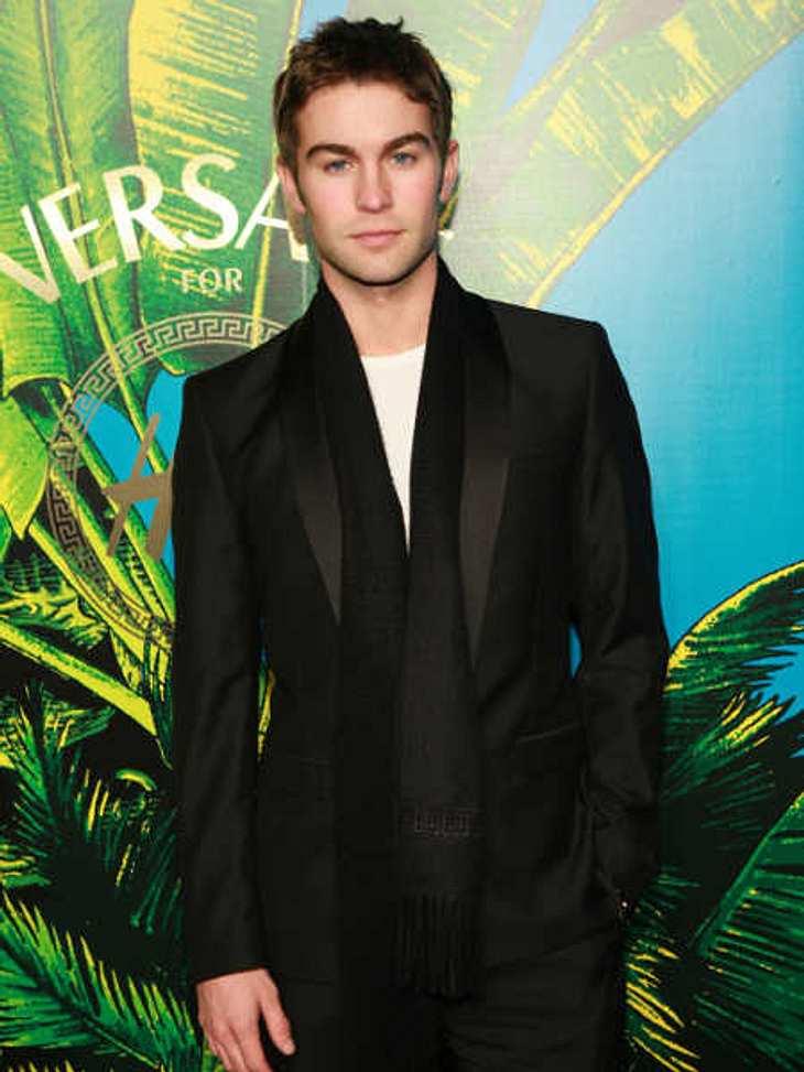 """Stars tragen """"Versace for H&M"""": Chace Crawford,Auch """"Gossip Girl""""-Star Chace Crawford trägt die """"Versace for H&M""""-Kollektion. Er hat sich aber für eines der schlichteren Teile entschieden."""