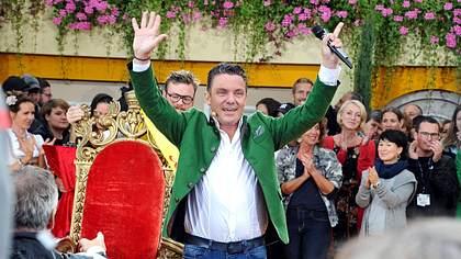 Stefan Mross begeistert die Gäste bei Immer wieder sonntags - Foto: Imago