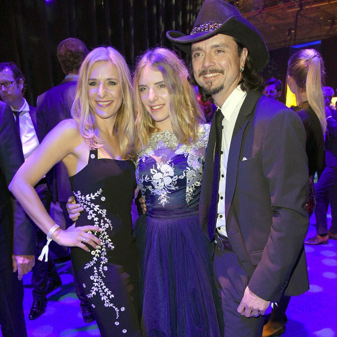 Stefanie Hertel & Stefan Mross feiern gemeinsam als große Patchwork-Familie