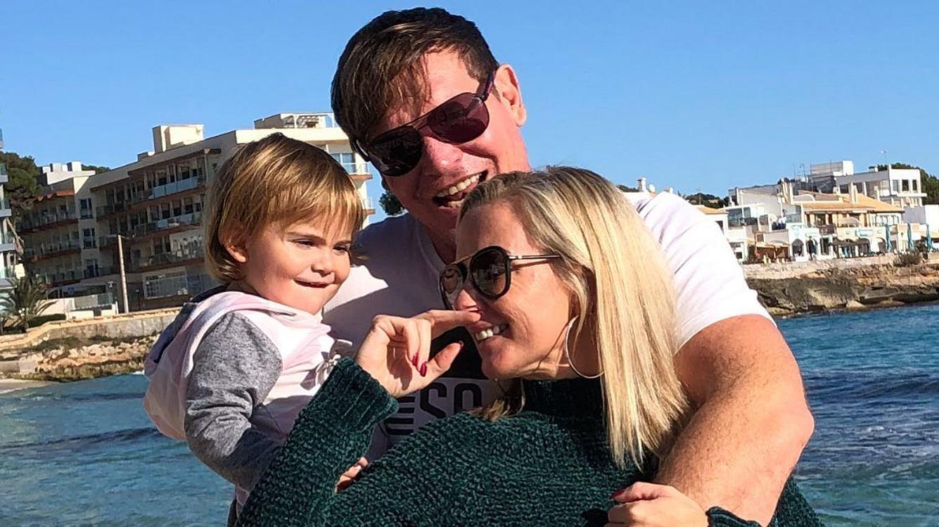 Steff Jerkel, Peggy Jerofke und Tochter Josephine 2020