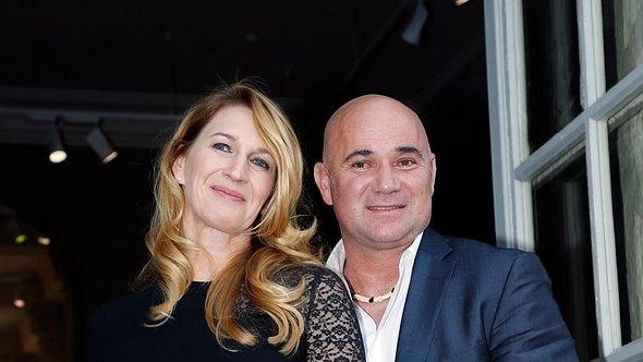Steffi Graf und ihr Mann Andre Agassi - Foto: Getty Images/ Rindoff Petroff