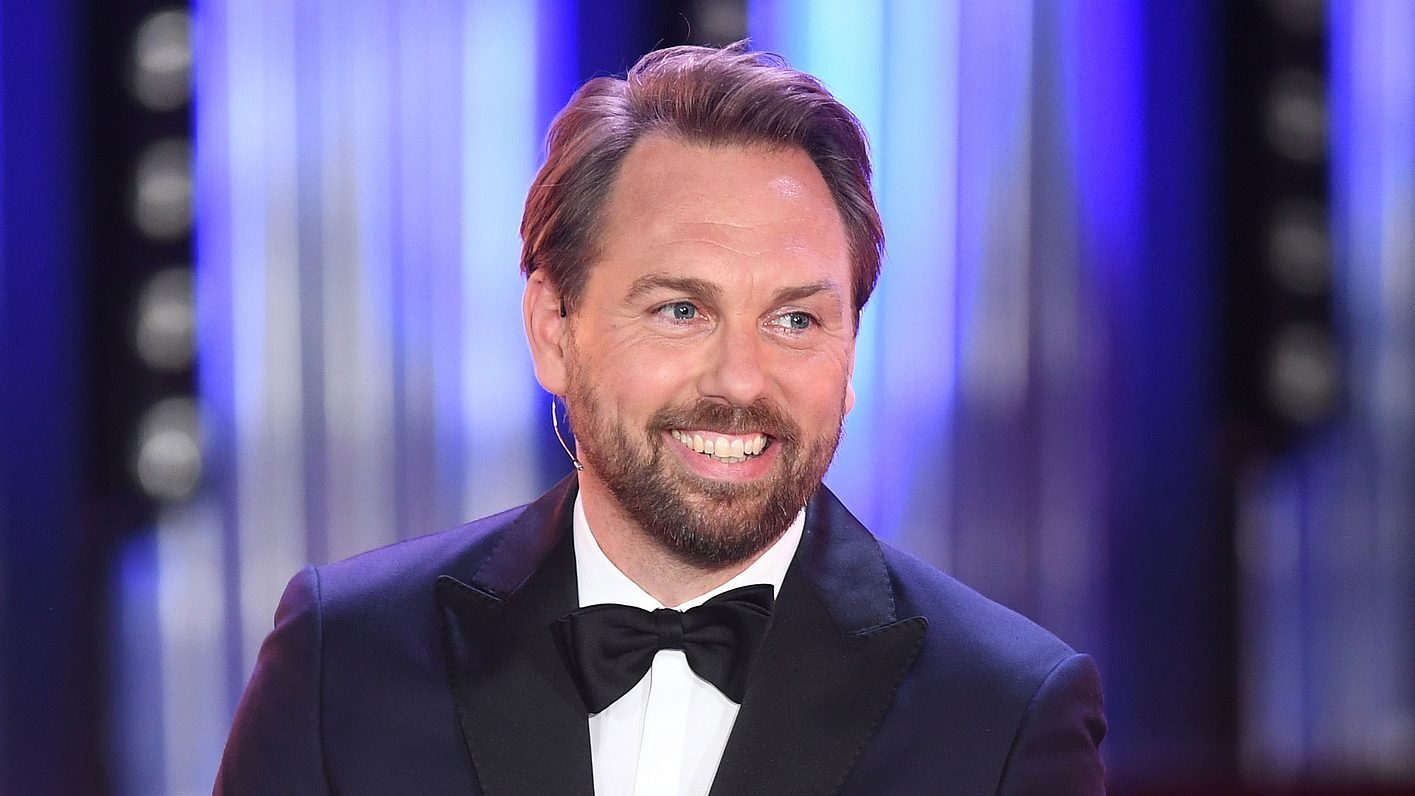 Steven Gätjen moderiert den Bayrischen Fernsehpreis