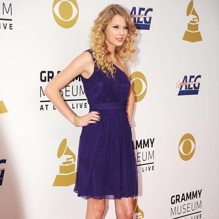 Taylor Swift kann sich vor Angeboten kaum retten - von Dates wird ihr aber abgeraten.