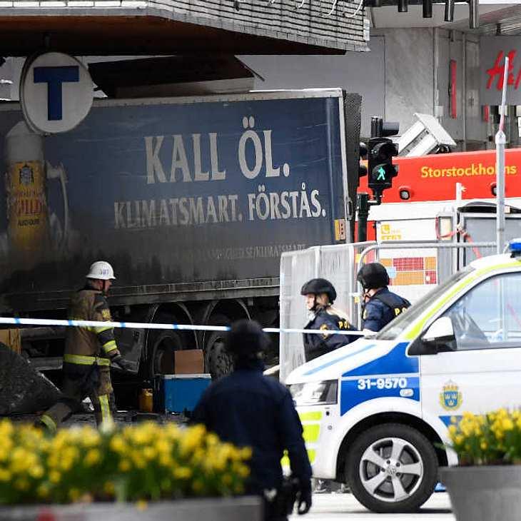Terrorverdacht in Schweden: Ale Infos zum LKW-Anschlag in Stockholm!