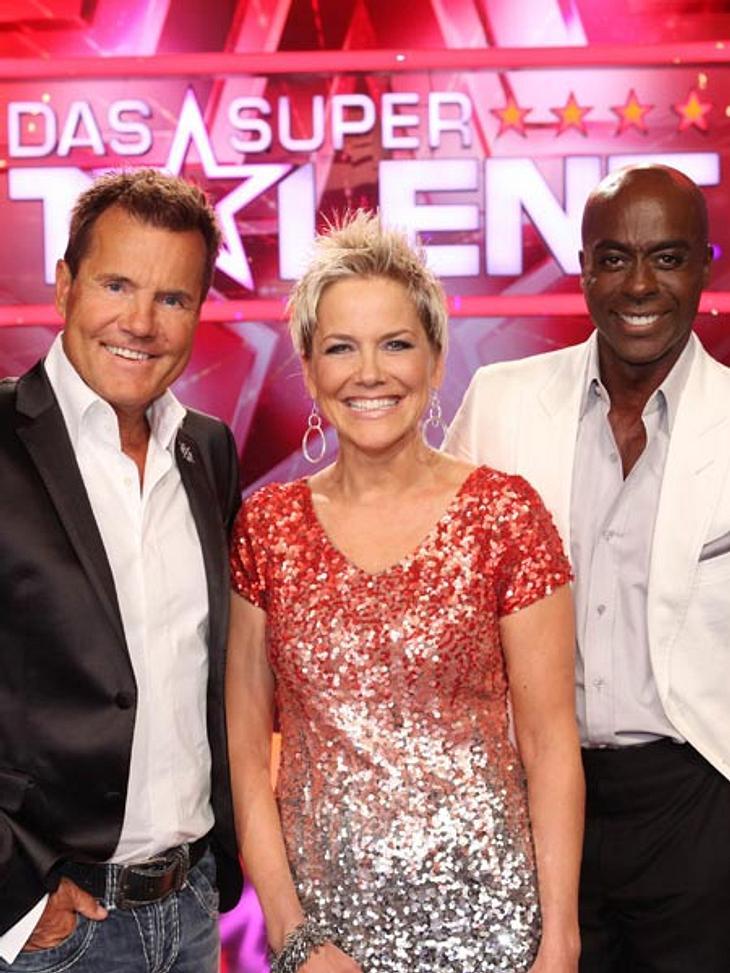 Inka Bause sitzt neben Bruce Darnell und Dieter Bohlen in der Jury.