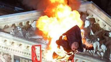 Oliver Favres Todesspringer in Action - Foto: RTL / Stefan Gregorowius