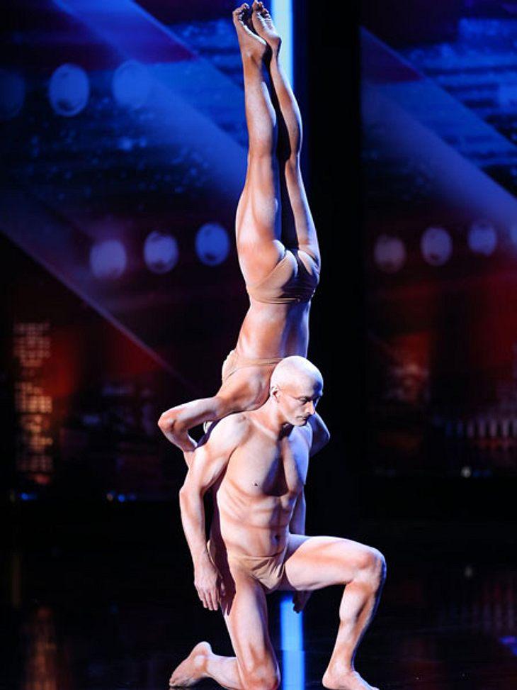 Supertalent 2013: Die besten Kandidaten der neuen StaffelPerfekte Körperbeherrschung und artistische Meisterleistungen präsentieren Richard Jecsmen und Yana Semilet.