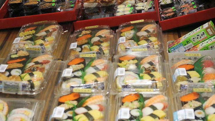 Bei Penny & Aldi: Zwei Hersteller rufen Sushi-Boxen zurück