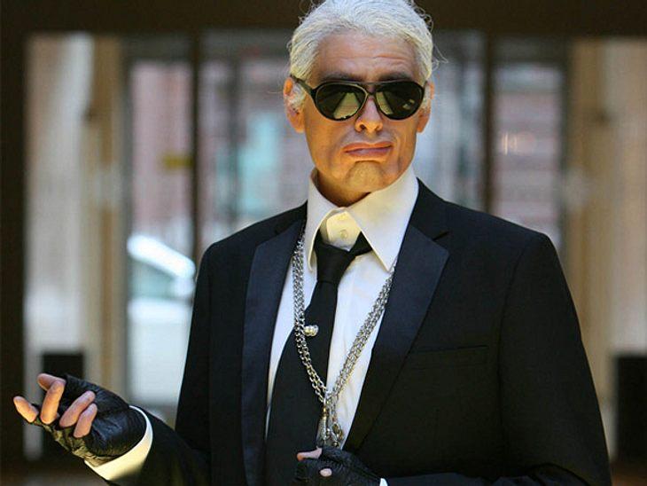 """Die parodierten Promis aus """"Switch reloaded"""",Mit Perücke und Sonnenbrille ist die Täuschung perfekt. Max Giermann in seiner Rolle als Karl Lagerfeld."""