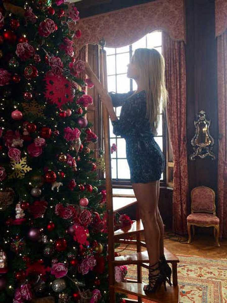 Sylvie Meis ist schon in Weihnachtsstimmung.