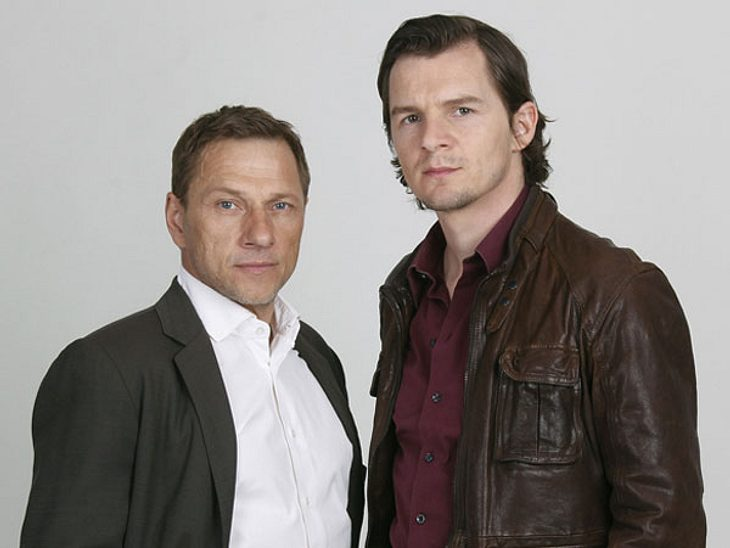 Tatort-Kommissare im Überblick: Stuttgart,In Stuttgart ermitteln seit 2008 die Kommissare Thorsten Lannert (l.), gespielt von Richy Müller (57) und Kommissar Sebastian Bootz (r.), gespielt von Felix Klare (34).