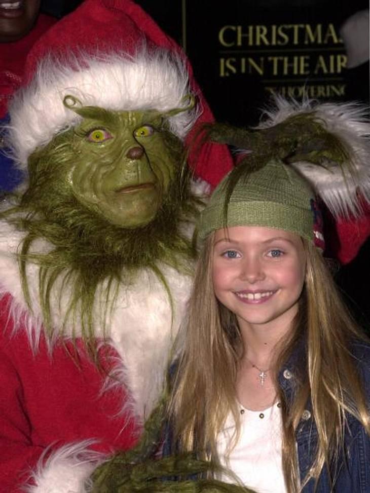 """Vom Kinderstar zum Sex-SymbolWas für ein braves Mädchen! Im Weihnachtsfilm """"Der Grinch"""" spielte die Kleine mit gerade einmal sieben Jahren die weibliche Hauptrolle."""