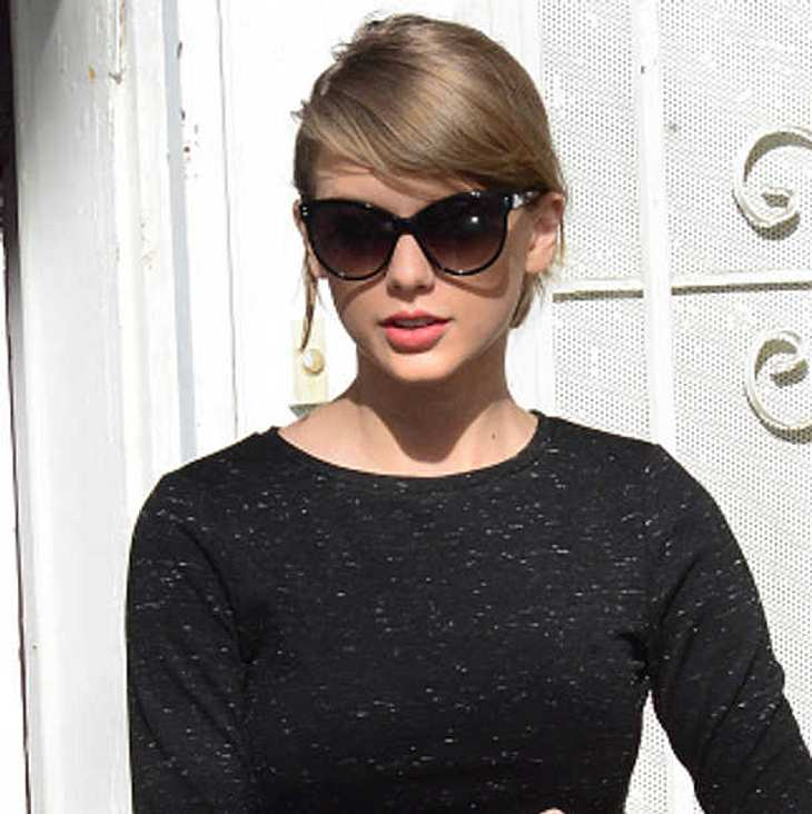 Taylor Swift Grammy Performance