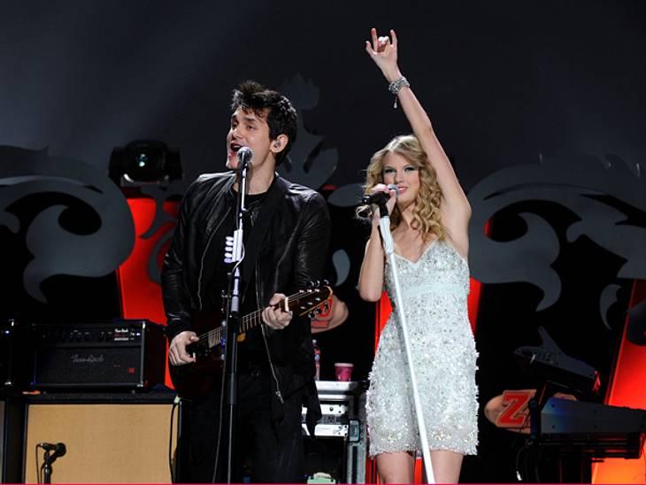 Voll die Klette - Die Ex-Boys von Taylor SwiftNovember 2009 - February 2010: Wie so viele Frauen vor ihr verfiel auch Taylor Swift dem Charme des notorischen Frauenhelden John Mayer (35). Die Trennung nach nur vier gemeinsamen Monaten traf
