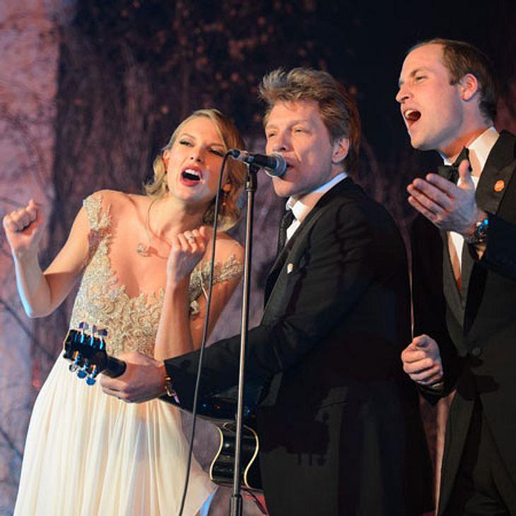 Taylor Swift singt mit Prinz William und Jon Bon Jovi.