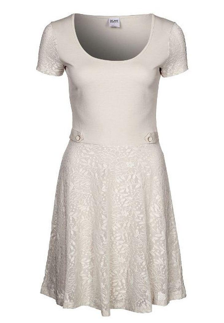 Klau den Look der Stars: Partykleider-SpecialKleid von Vero Moda, um 34,95 Euro