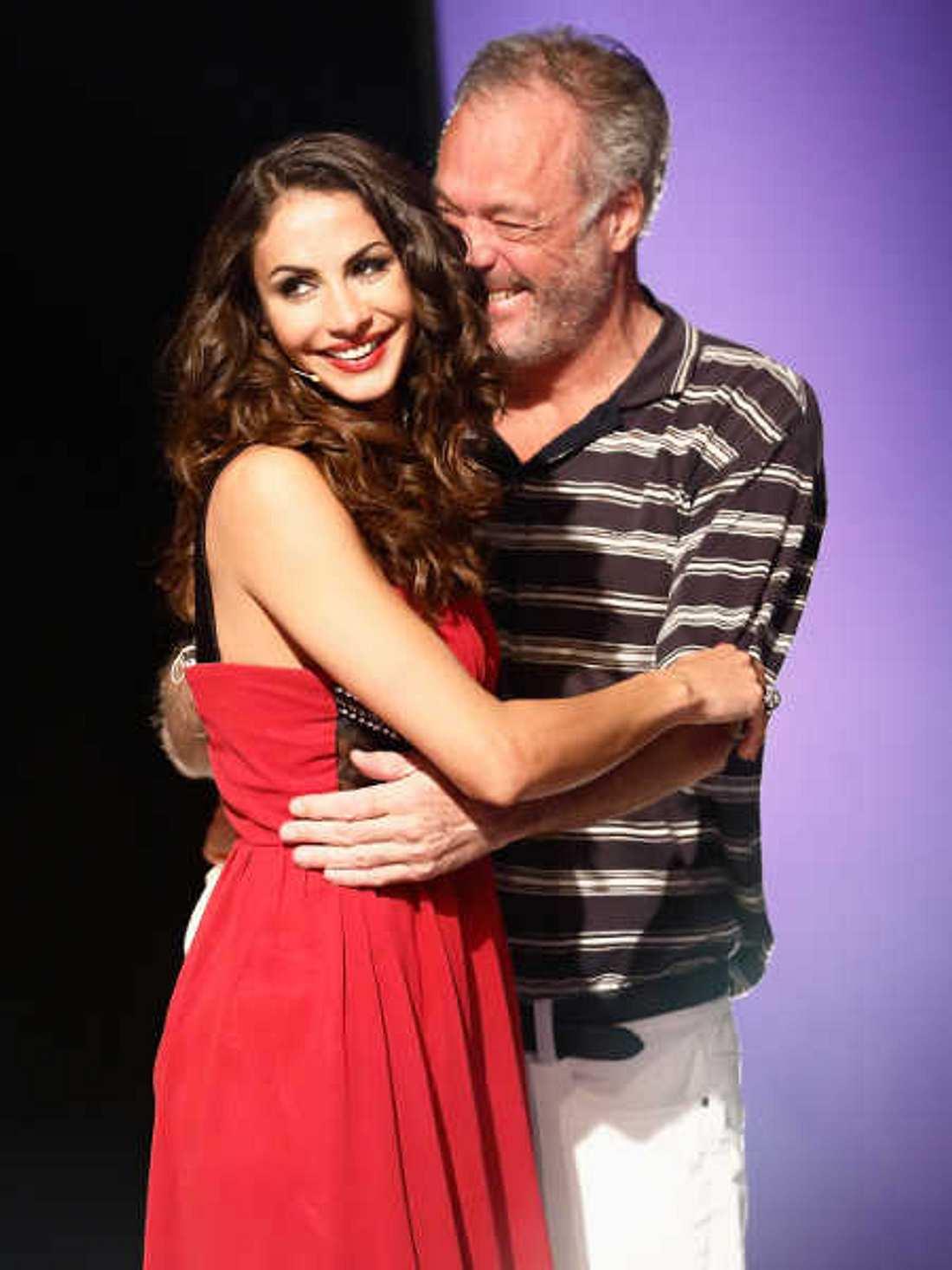 Teppichluder Janina Youssefian turtelt mit Ronald Schill in Rio!