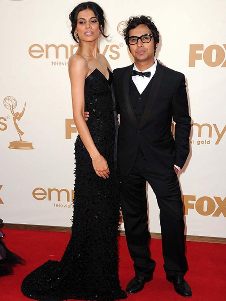 """Die """"The Big Bang Theory""""-Schauspieler ganz privatDas hübsche indische Paar heiratet 2011. Sechs Tage lang dauert die Hochzeit und 1000 Gäste feierten mit. Für Kunal war es Liebe auf den ersten Blick, als er Neha 2008 in einer Bar"""