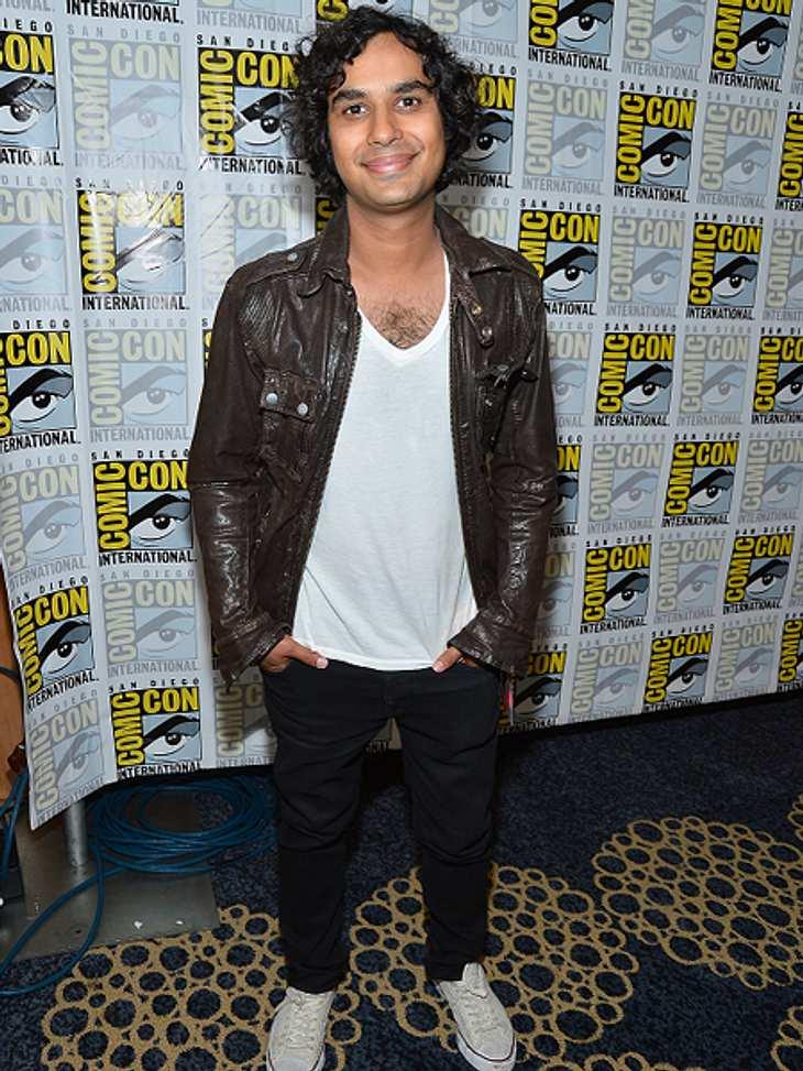"""Die """"The Big Bang Theory""""-Schauspieler ganz privatKunal sieht sich selbst als kleinen Nerd an. """"Ich liebe Videospiele. Ich bin gerade in der Mitte von God of War III und kann es nicht erwarten, es zu Ende zu spielen."""" Au"""