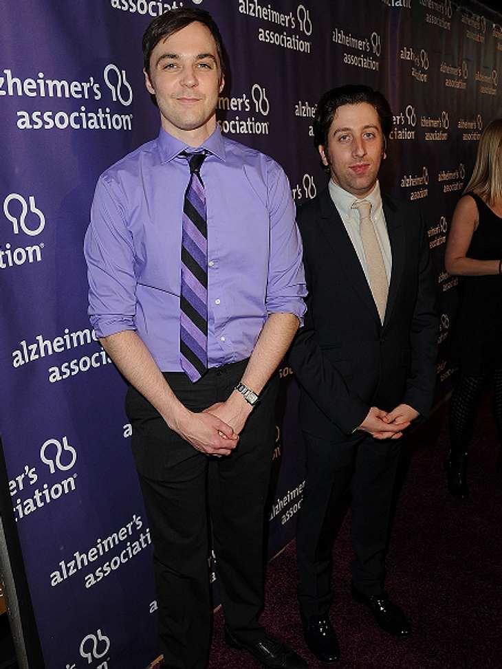 """Die """"The Big Bang Theory""""-Schauspieler ganz privatAber müsste Jim Parsons jetzt nicht klüger sein, als vor der Show? Schließlich wirft er dort mit wissenschaftlichen Begriffen um sich. Deren Bedeutung schaut er sogar vorher auf Di"""