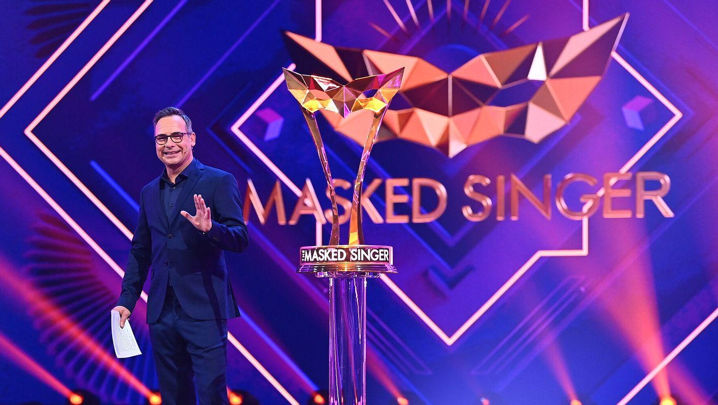 Matthias Opdenhövel moderiert The Masked Singer Staffel 2