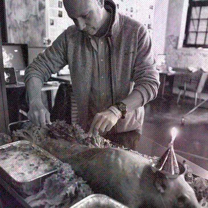 Tim Mälzer: Mega-Shitstorm nach Schweine-Foto