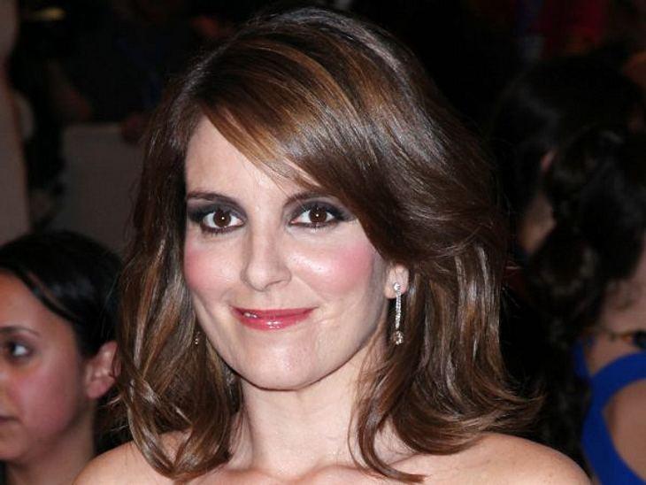 Die Make-Up-Pannen der StarsDiese Kriegsbemalung ist man von Tina Fey (42) überhaupt nicht gewöhnt. Experiment auf jeden Fall misslungen.