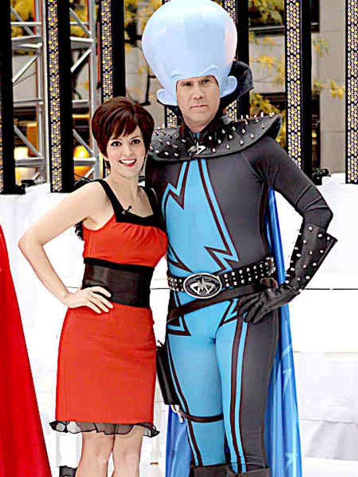 """So feiern die Stars HalloweenKomiker Will Ferrell und Tina Fey haben auf der Halloween-Party der """"Today Show"""" Halloween mit Werbung verbunden: sie gingen als ihre Charaktere, die sie in dem Animationsfilm """"Megamind"""" spre"""