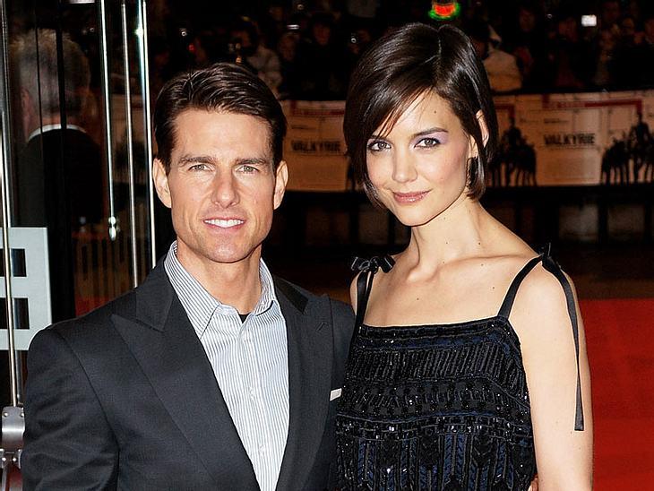 9. Tom Cruise & Katie HolmesAuch bei diesen beiden war es zuletzt so, dass vor allem der Mann das Geld nach Hause brachte. Katie gab lieber aus...Ihr Gesamt-Verdienst in einem Jahr: rund 23 Millionen Euro