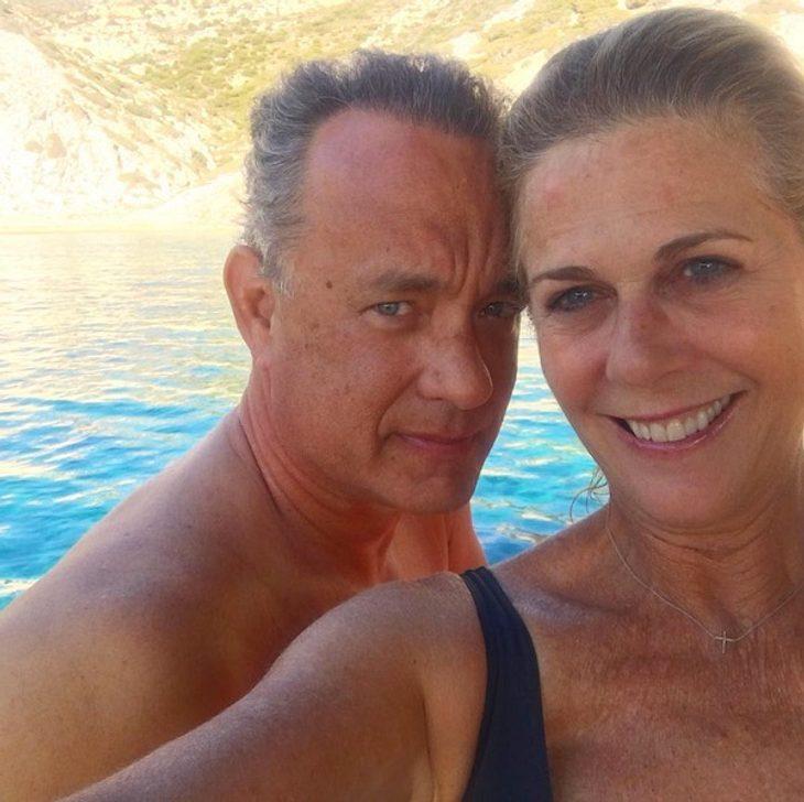 28 Jahre zusammen: Tom Hanks & Rita Wilson schießen 1. Paar-Selfie!