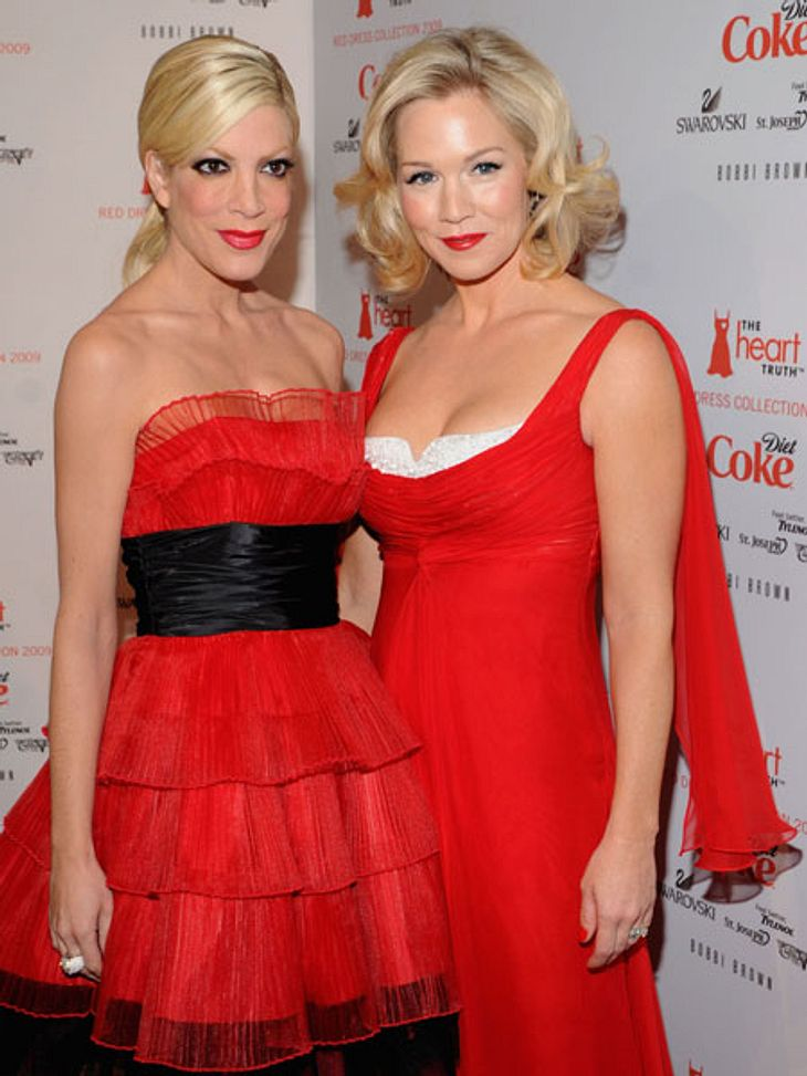 Tori Spelling und Jennie Garth sind bald wieder in einer gemeinsamen Serie zu sehen.