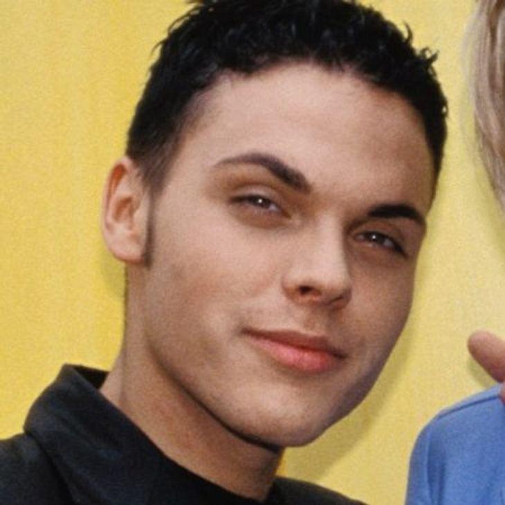"""Die Boygroups der 90erMusik bleibt Dennis Freys Leidenschaft: Mit seiner neuen Band """"Moonbeats"""" schaffte er es 2008 in den deutschen Radio-Charts auf Platz sieben."""