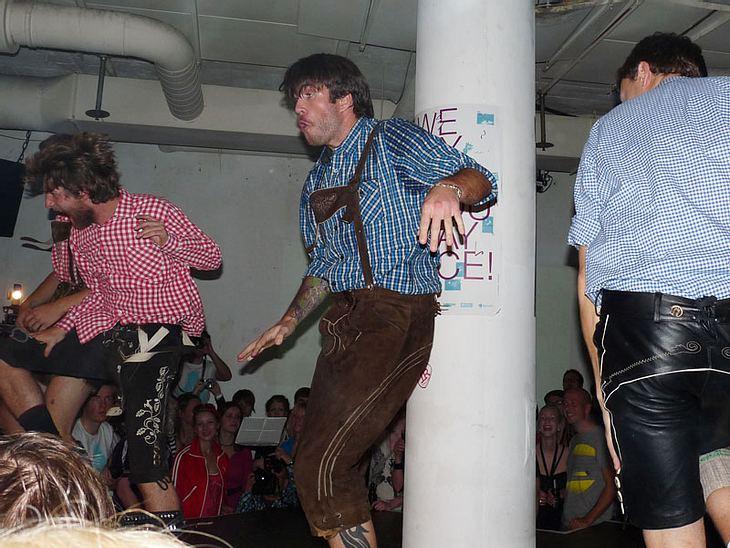 Ugly-Dance-Contest 2010Wieder mit dabei: Diese Bayern. Leider haben sie wieder nicht gewonnen.