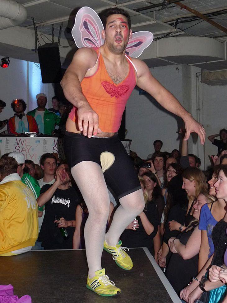 Ugly-Dance-Contest 2010Achtung! Hier kommt ein männlicher Engel!