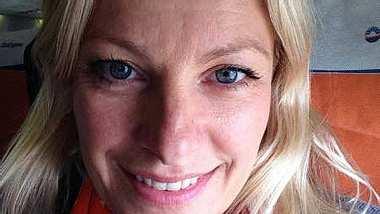 Unter uns-Star Anne Apitzsch in Unfall verwickelt! - Foto: facebook.com/pages/Anne-Apitzsch