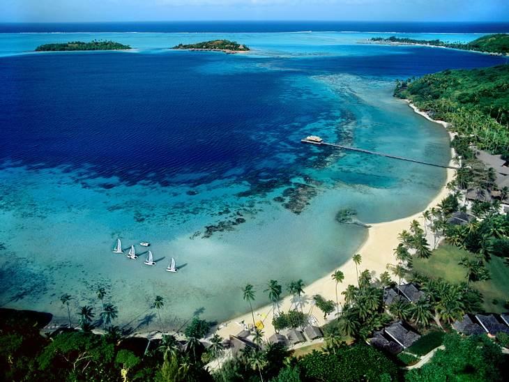 ,Urlaubsziele der StarsRomantik und Luxus vereinen sich auf Bora Bora. Im Süd-Pazifik schnorcheln Promis wie Sharon Stone und  Nicole Kidman hat hier sogar ihre Flitterwochen mit Country-Star Keith Urban verbracht.