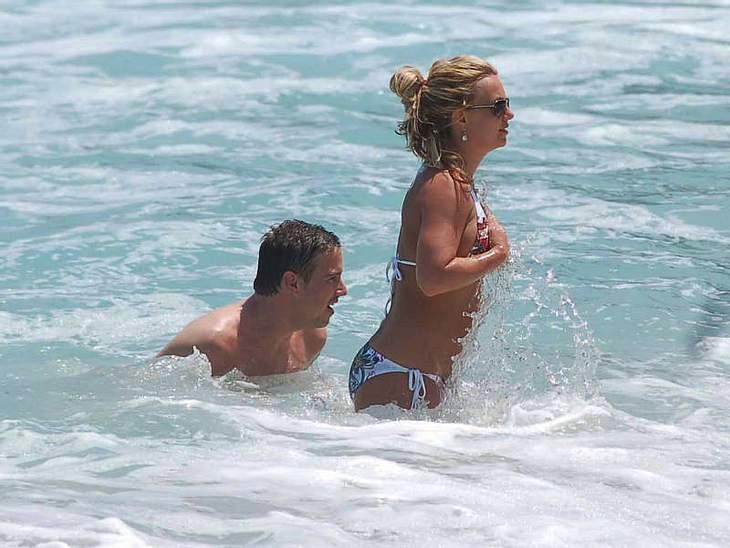 ,Urlaubsziele der StarsWenn  Britney Spears mal wieder Urlaub von ihren eigenen Schlagzeilen braucht, dann düst sie ab nach Cabo ...