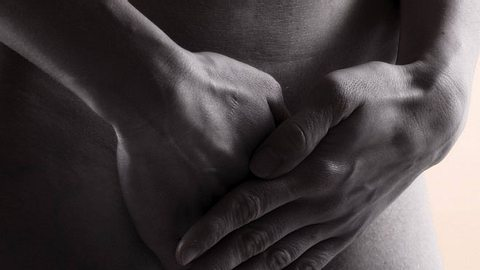 Statt Tampon oder Binde: Frauen sollen sich die Vagina zukleben - Foto: imago