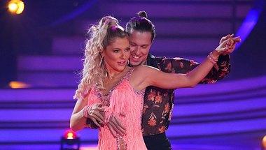 Valentina Pahde und Valentin Lusin - Foto: TVNOW/ Stefan Gregorowius