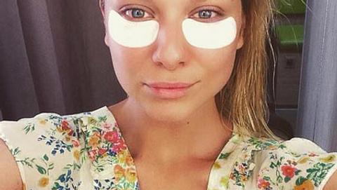 Valentina Pahde wird in der Maske aufgehübscht - Foto: Facebook