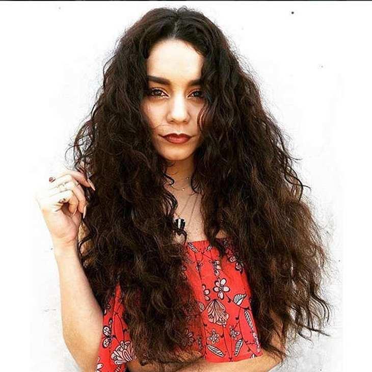 Vanessa Hudgens Nägel Coachella