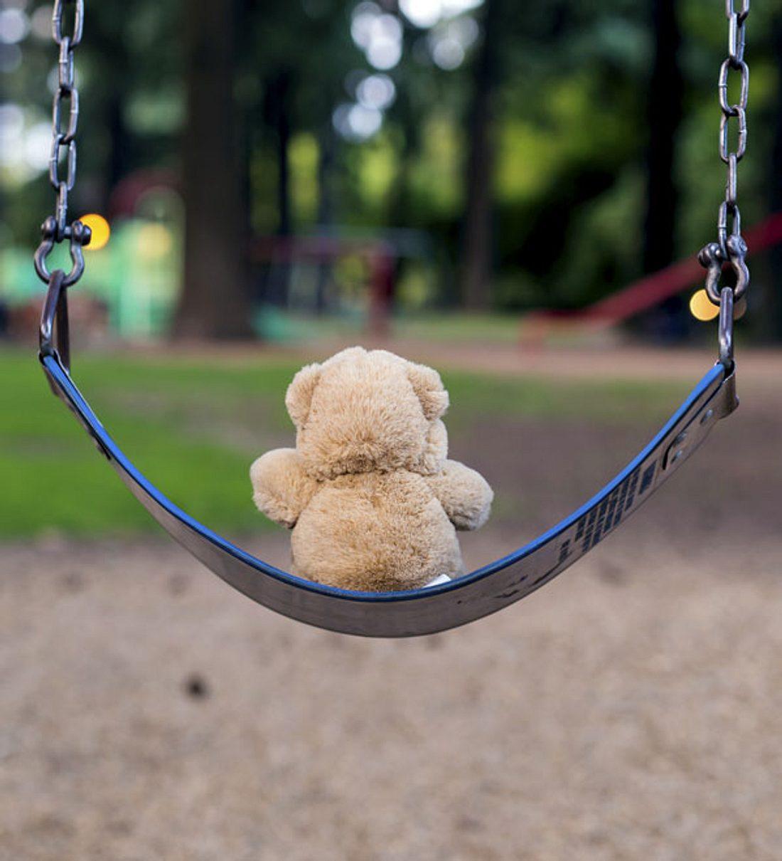 Vater misshandelt zwei jährige Tochter! Kind schwebt in Lebensgefahr