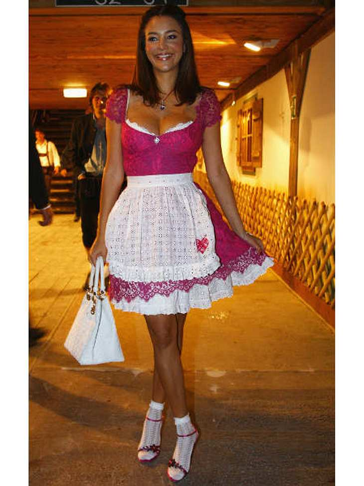 Stars beim Oktoberfest... dann in sexy Pink ....