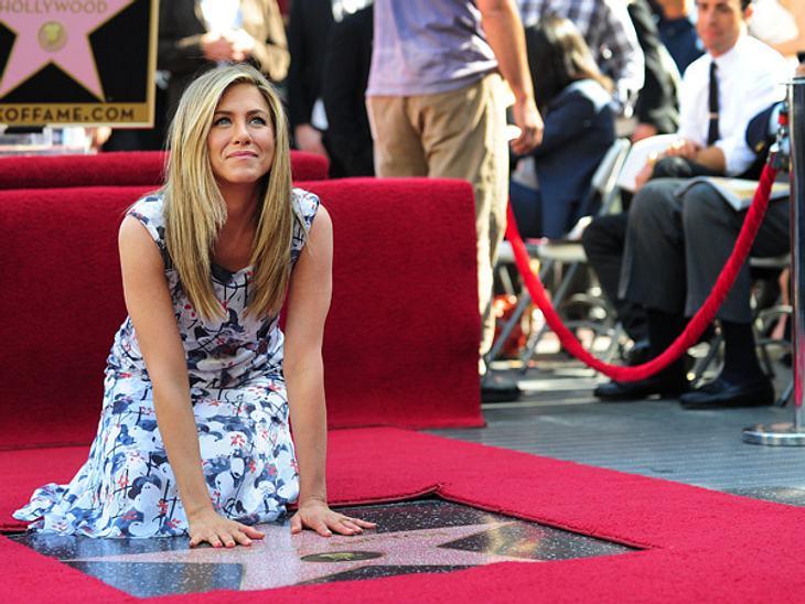 Walk of Fame: Die Sternstunde der Stars,Für Touristen ist es die Attraktion in Hollywood - der Walk of Fame. 1960 wurde zum ersten Mal ein Star mit einem Stern im Boden des Walk of Fame geehrt. Mittlerweile gibt es um die 2.500 Sterne in fü