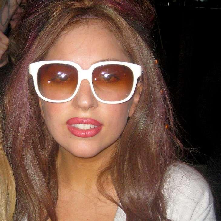 Lady Gaga liebt ihren Körper