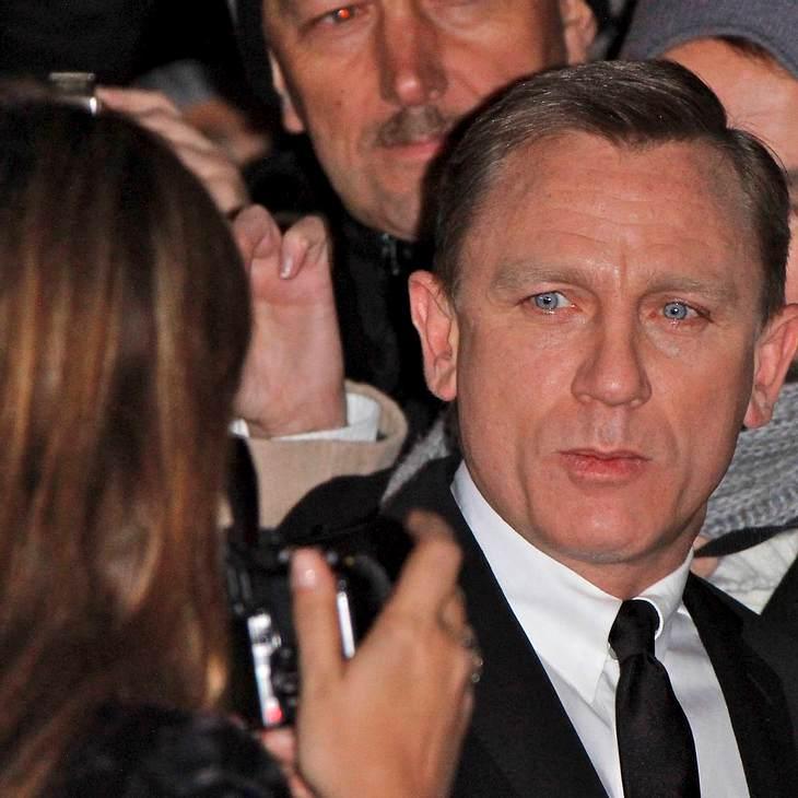 Daniel Craig klaut Handy